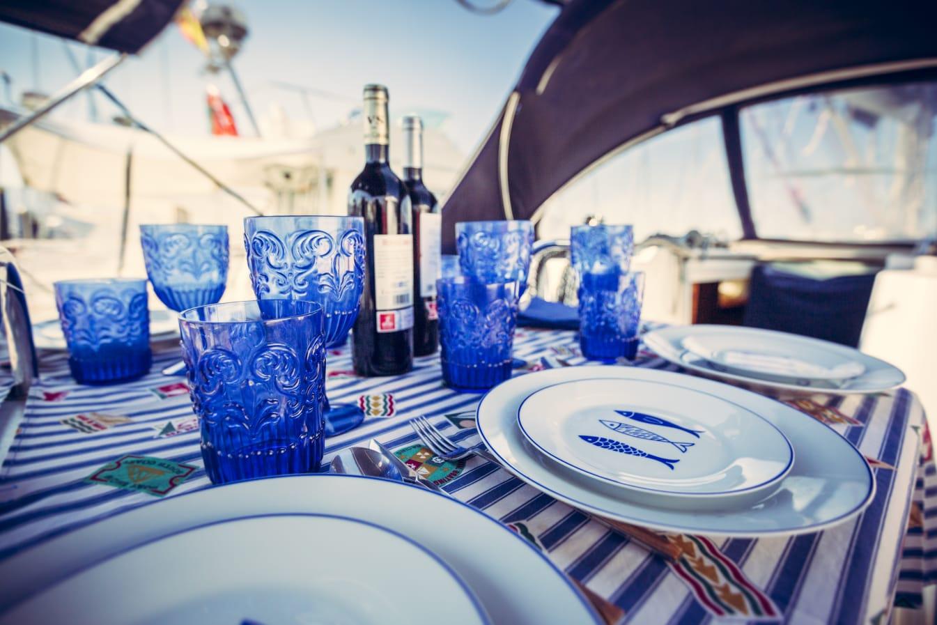 Una cena a bordo con lo mejor del mar