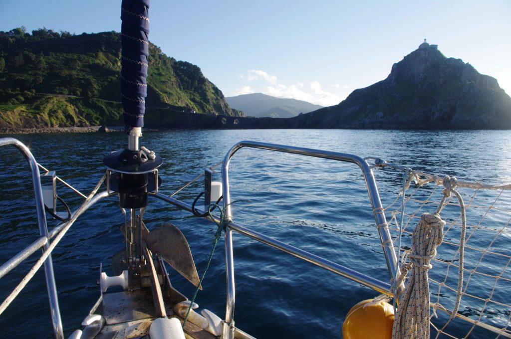 aprender a navegar a vela en Bizkaia