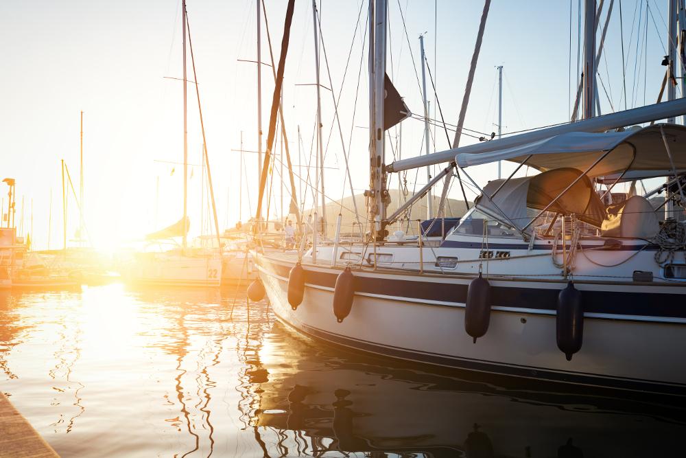 claves para comprar un velero